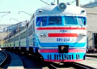 Отныне в поезде за 5 гривен можно зарядить мобилку или ноутбук