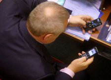Депутатам заборонять розмовляти по телефону і лаятися в Раді?