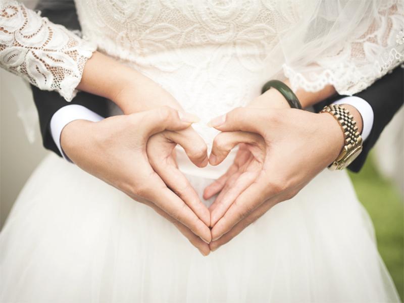 Взяти шлюб херсонських молодят чекатимуть до півночі