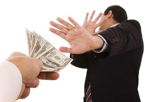 Херсонські податківці долають корупцію