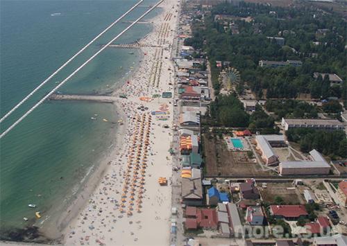 Пляжі Залізного Порту не відповідають санітарним нормам