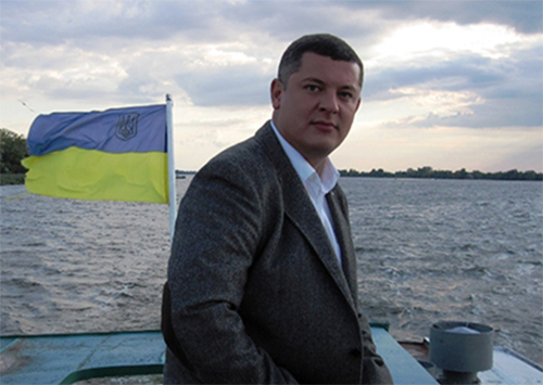 Руководителю Херсонской организации Партии развития Украины «стыдно за Яценюка, больно за Украину»