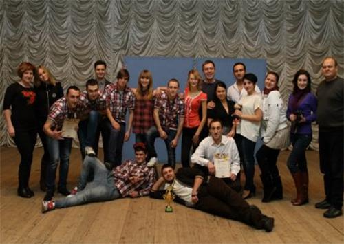 КВН-щики поздравили каховчан с Новым годом