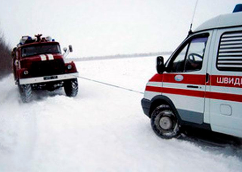 Херсонские дороги остаются непроезжими даже для машин служб экстренного реагирования