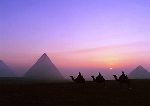До Египта не доехал