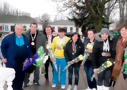 Скадовські важкоатлети  та їх тренери - серед найкращих в Україні