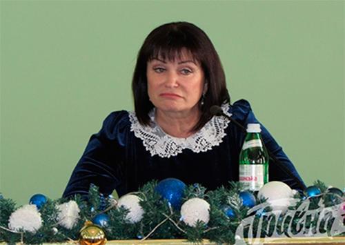 Временная руководительница Херсонского областного совета нарушает закон?