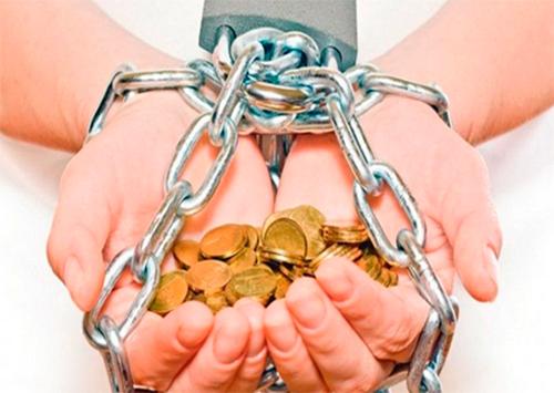 Егор Устинов: Свободными можно быть только без долгов!