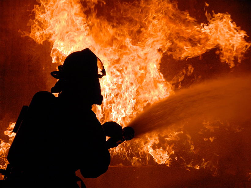 В Генічеську вогнеборці виявили загиблу жінку під час ліквідації пожежі