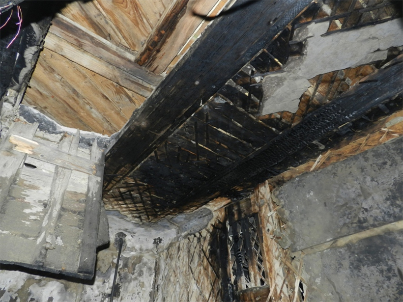 Під час ліквідації пожежі вогнеборці врятували 7 мешканців триповерхівки