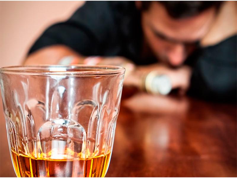 Как суррогатная выпивка и наркотики отравили зимние праздники на Херсонщине