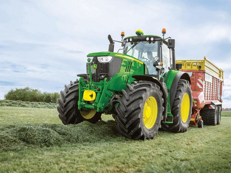 На Херсонщині почали випускати трактори