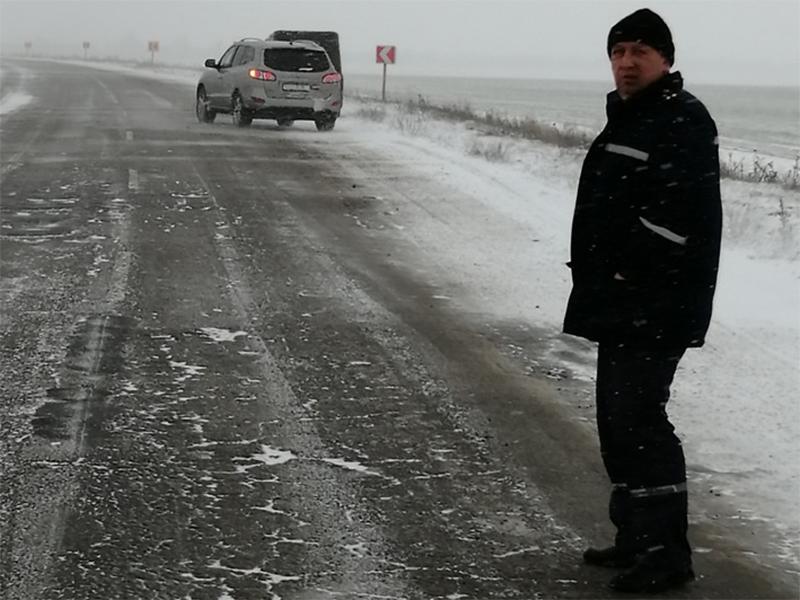 На Херсонщині рятувальники проводять моніторинг стану автодоріг