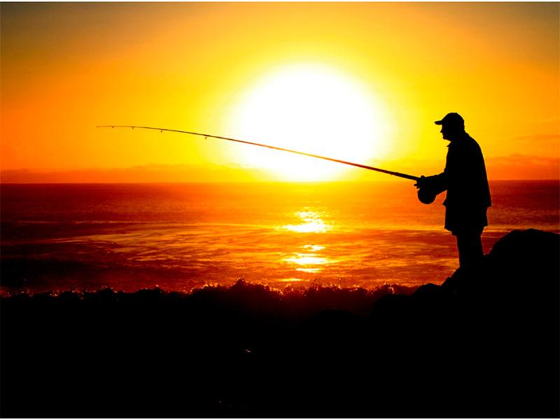 Рибалка дивом вижив після падіння в Дніпро на Херсонщині