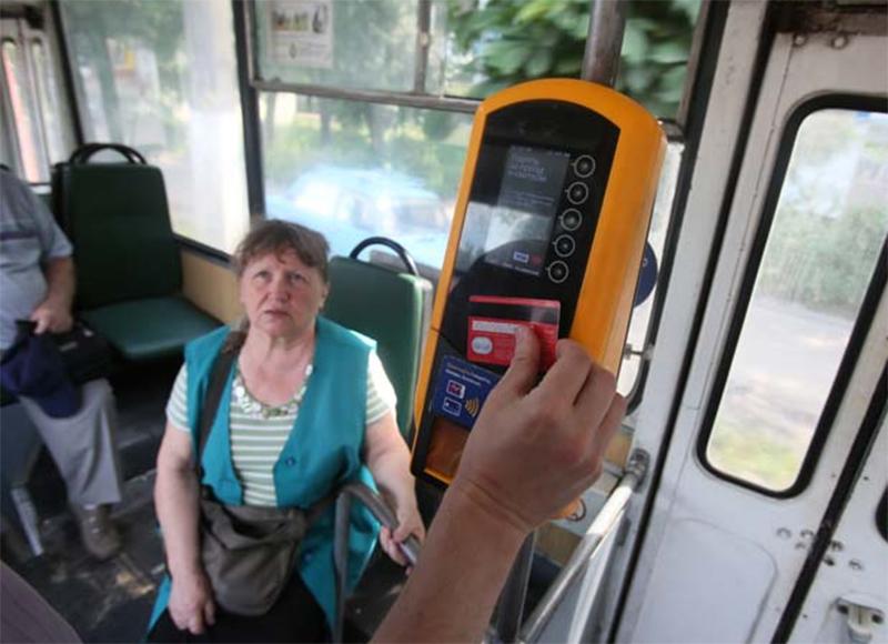 Электронные контролеры появятся в херсонских троллейбусах
