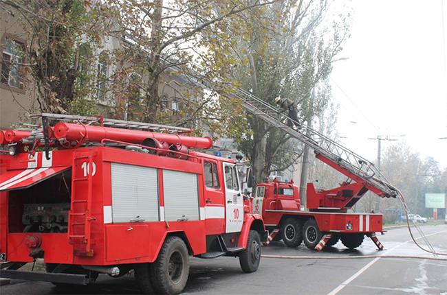 Пожар на кондитерской фабрике в Херсоне локализован