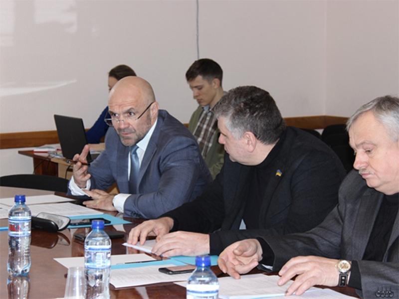 Керівники комунальних закладів Херсонщини мають надати бізнес-план