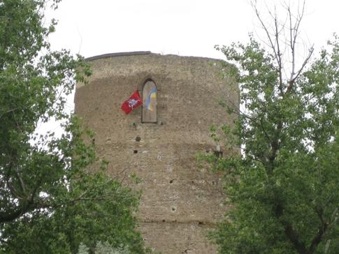 Сусідню з нами башту Вітовта взяли під охорону…
