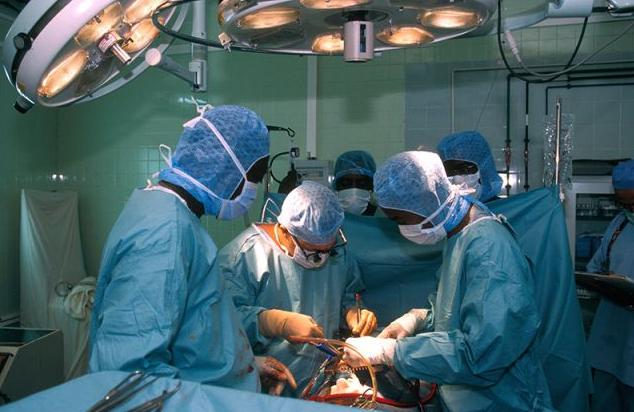 В Херсоне оперировал главный кардиохирург Минздрава Борис Тодуров