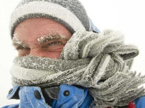 На улицах городов и сел Херсонщины по-прежнему собирают замерзающих
