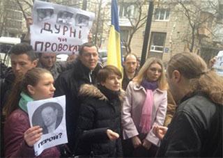 НСЖУ та НМПУ засуджують насильницьке звільнення керівника Національної телекомпанії