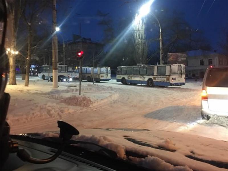 """Егор Устинов призывает херсонцев относиться с уважением к сотрудникам """"Херсонэлектротранса"""""""
