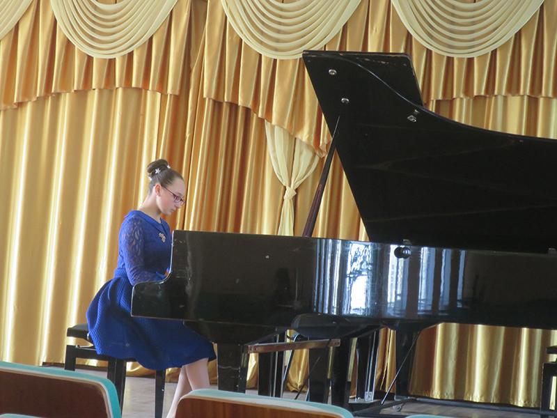 Піаністична школа Херсонщини розвивається