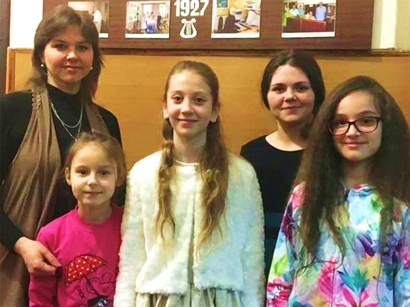 Херсонские вокалистки победили в одесском конкурсе