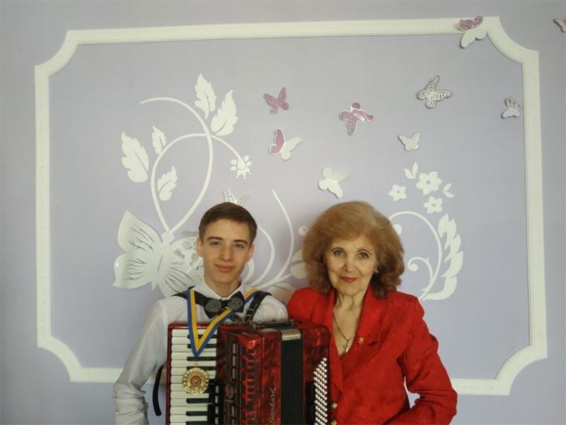 Талантливый музыкант из Новой Каховки одержал победу на конкурсе