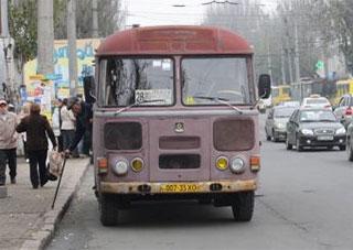 Как будет работать городской транспорт в поминальные дни