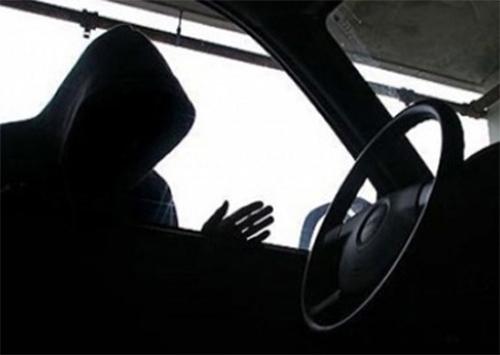 На Херсонщине полиция вернула владельцу угнанный автомобиль