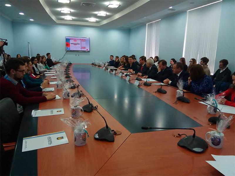В Херсоні студенти зі всієї України вирішували, як боротимуться з корупцією у свої вишах