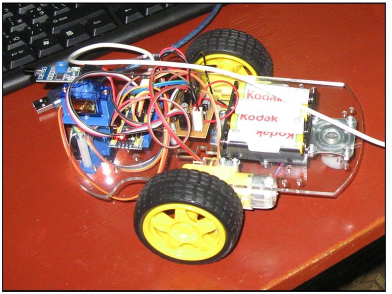 В Херсонском техуниверситете создали робота - за неделю