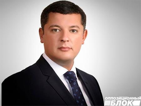Егор Устинов: Мы требуем обеспечить то, что обещано в Конституции Украины