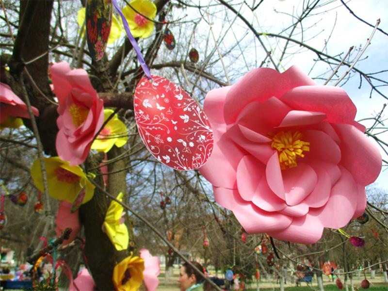 У Херсоні зацвів  «Писанковий сад»