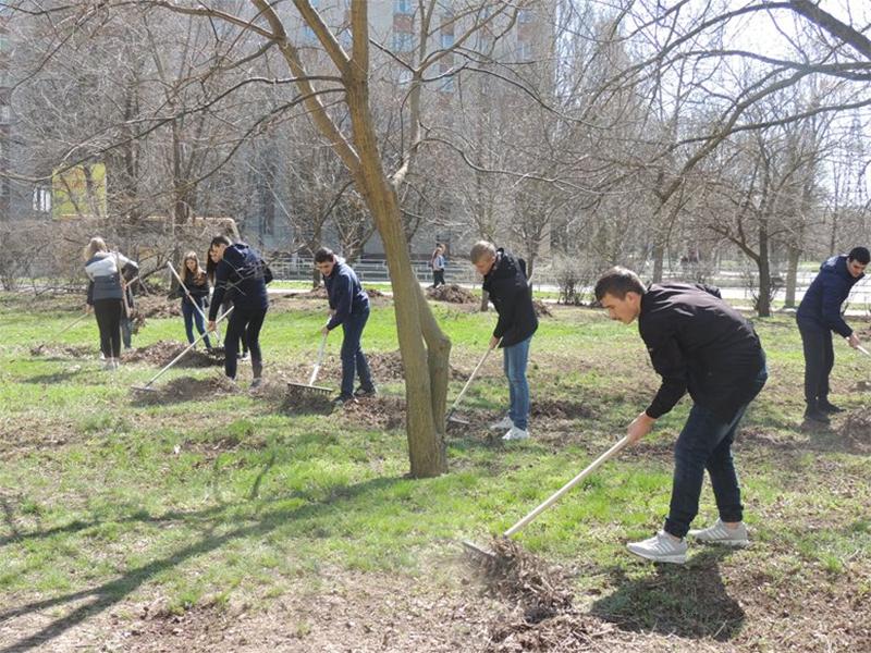 Херсонські студенти «За чисте довкілля»