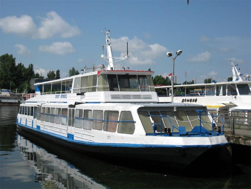 Водний транспорт Херсона подорожчав і залишився збитковим