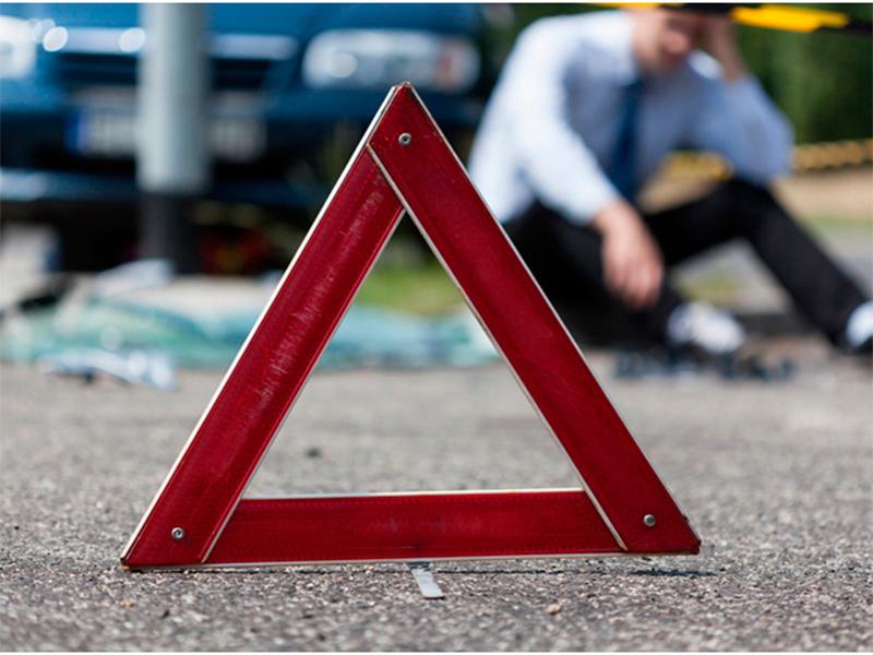 У Голопристанському районі водій, який впав з мотоцикла, був настільки п'яним, що всі вважали його загиблим
