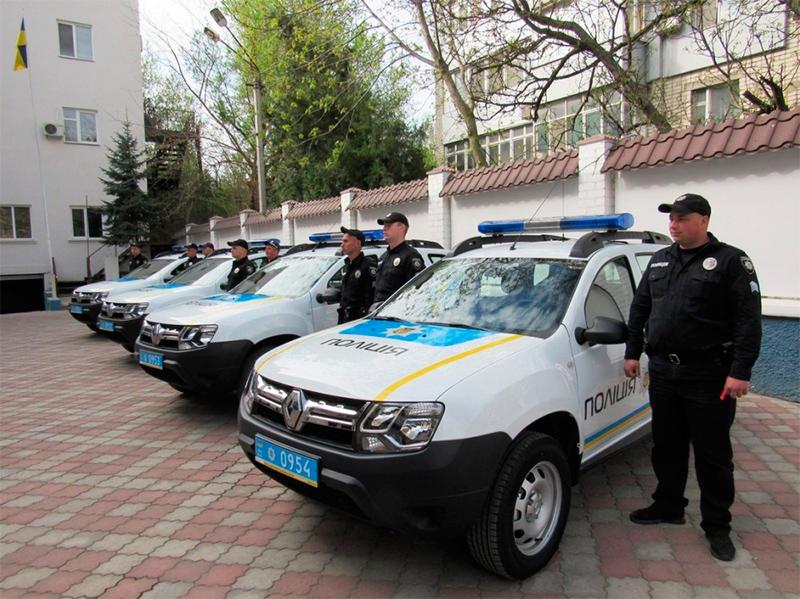 Автопарк Управління поліції охорони Херсонщини поповнено новими автомобілями