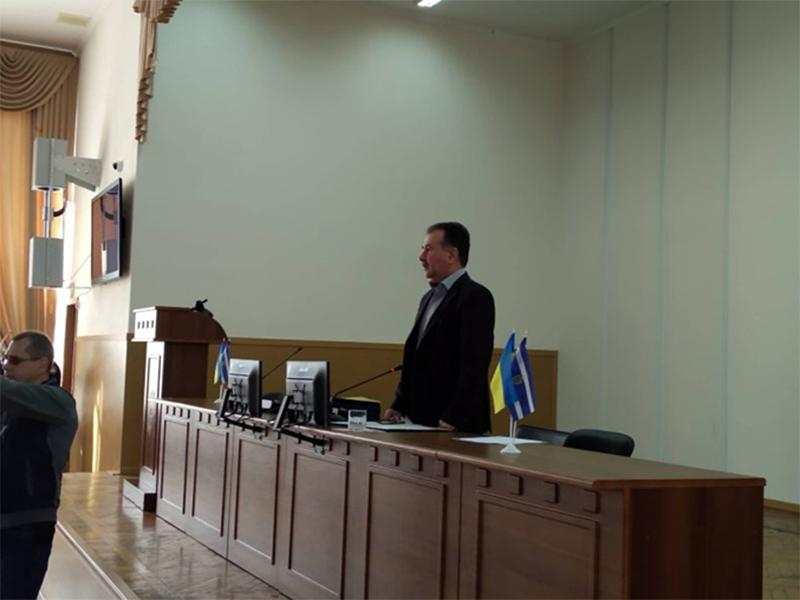 Мэр Херсона поблагодарил депутатов за отсутствие работы