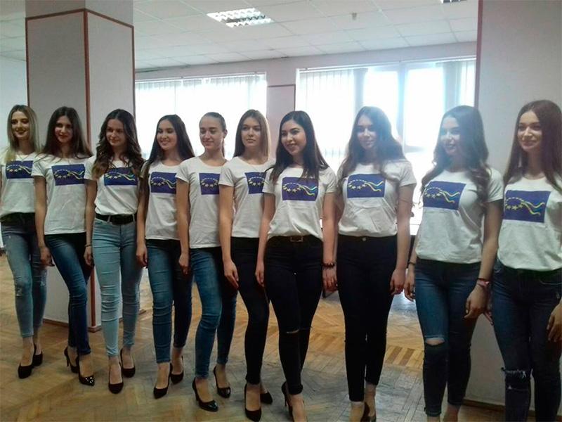 Найкрасивіші дівчата Херсонщини сьогодні зберуться в Палаці молоді