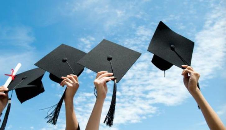 Для випускників кримських шкіл на Херсонщині відчинили двері