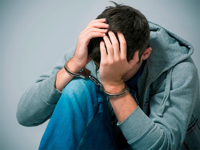 Три киоска за ночь взломала шайка подростков на Херсонщине