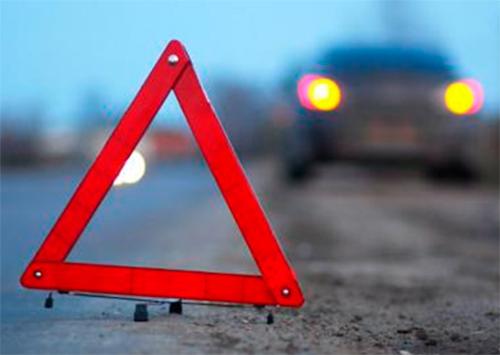 На Херсонщине «лихач» сбил двух пешеходов и скрылся
