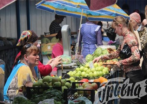 Съедобны ли «пластмассовые» яблоки по цене апельсинов
