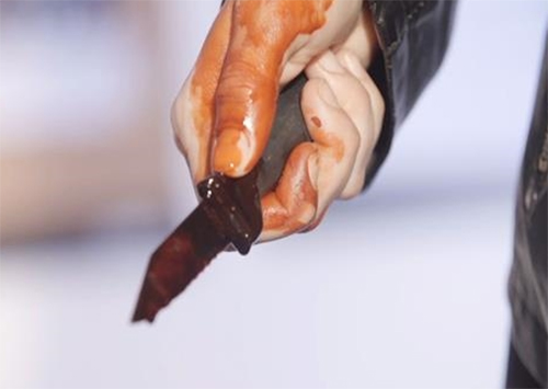 На Херсонщині нетверезий чоловік поранив свого роботодавця