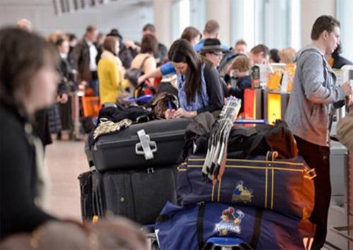 Довідка про взяття на облік переселенців без відмітки міграційної служби – недійсна