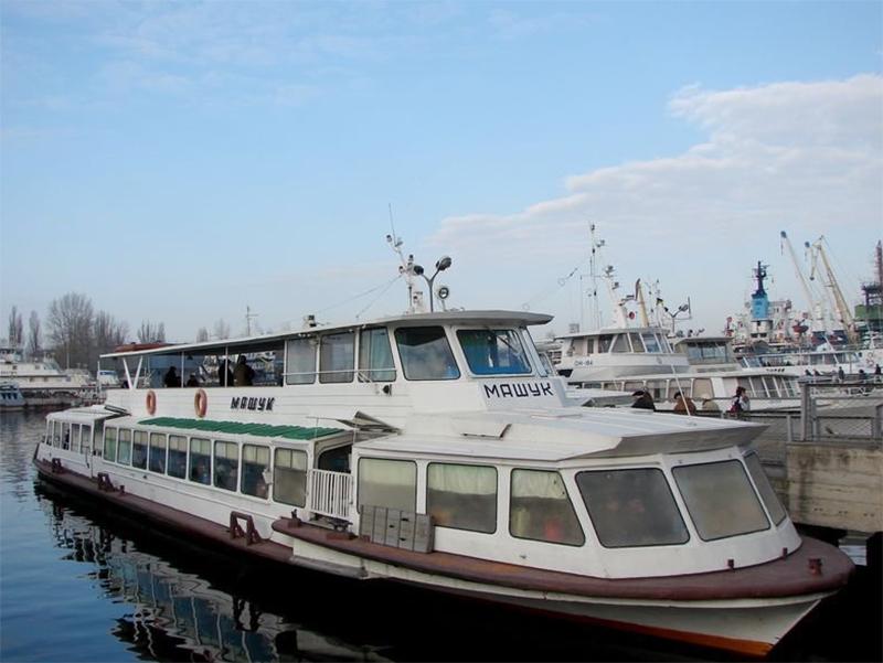Арестованные Укртрансбезопасностью катера арестовала еще один катер