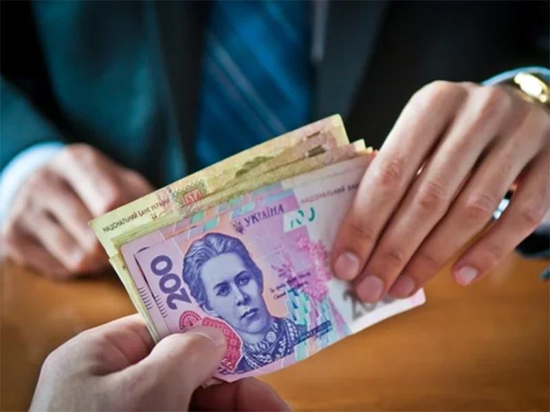 Мінімальна заробітна плата може зрости до 5 тисяч. У чому загроза для херсонців