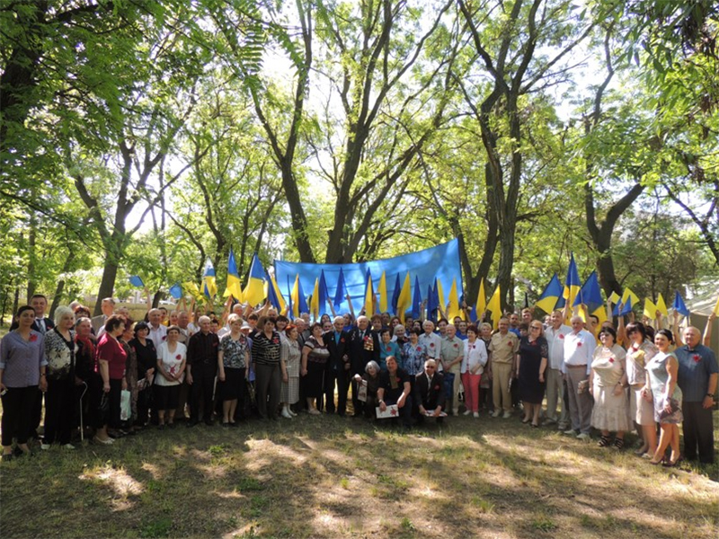 В ХДУ відбулася соціально-патріотична акція «Ми пам'ятаємо»